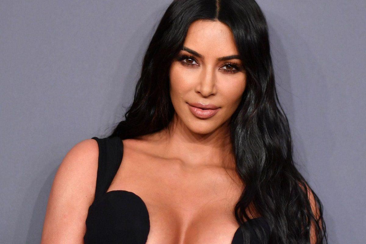 Kim Kardashian: «Η Γκρέτα Τούνμπεργκ είναι μια θαρραλέα και φανταστική νέα γυναίκα» | tlife.gr