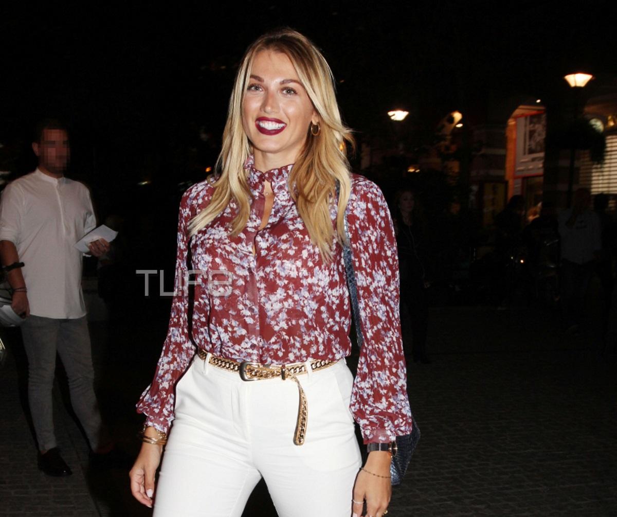 Κωνσταντίνα Σπυροπούλου: Chic εμφάνιση σε βραδινή της έξοδο στο κέντρο της Αθήνας! [pics]