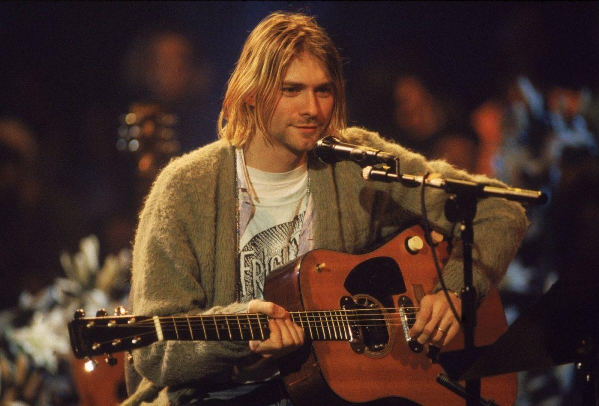 Kurt Cobain: Για πόσα δολάρια πουλήθηκε η ζακέτα του τραγουδιστή των Nirvana;   tlife.gr