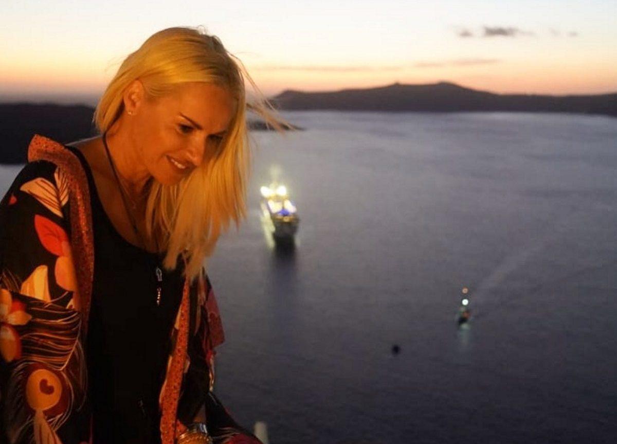 Μαρία Μπεκατώρου: Συνεχίζει τις βουτιές της – Η απόδραση στη Μεσσηνία μαζί με φίλους [pics] | tlife.gr