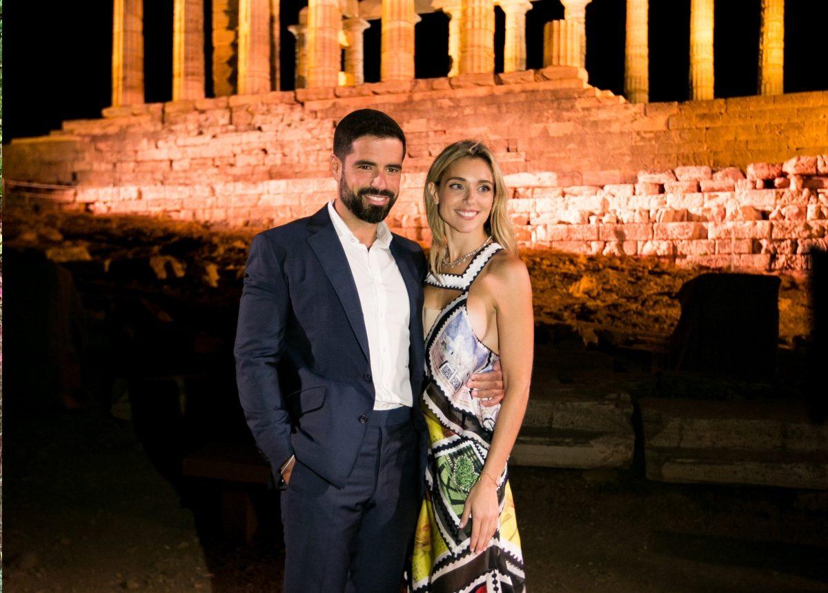 Μαριάννα Γουλανδρή: Σπάνια κοσμική εμφάνιση με τον σύζυγό της Φίλιππο Λαιμό! [pics] | tlife.gr