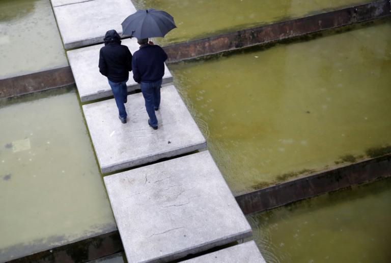 Καιρός αύριο: Βροχές και… συννεφιές! | tlife.gr