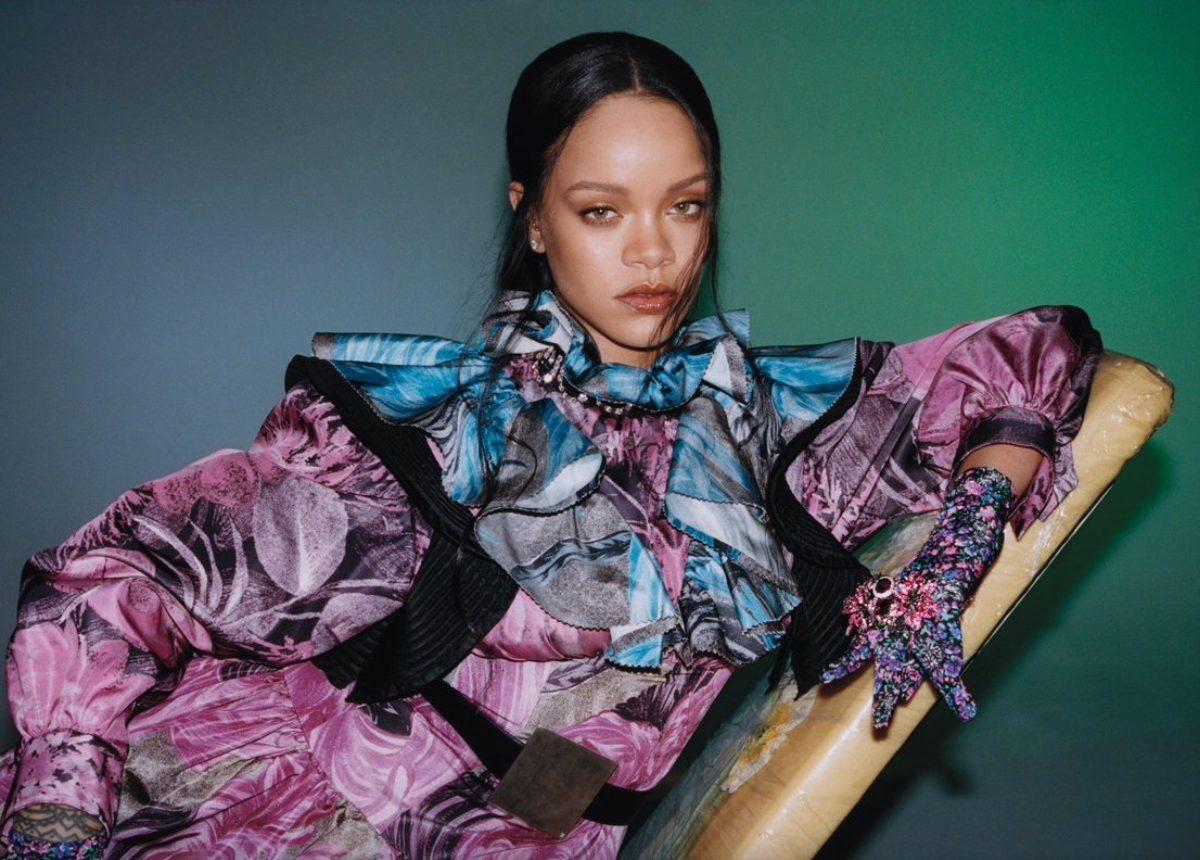 Rihanna: Αυτοβιογραφία 504 σελίδων για τη διάσημη τραγουδίστρια!      | tlife.gr
