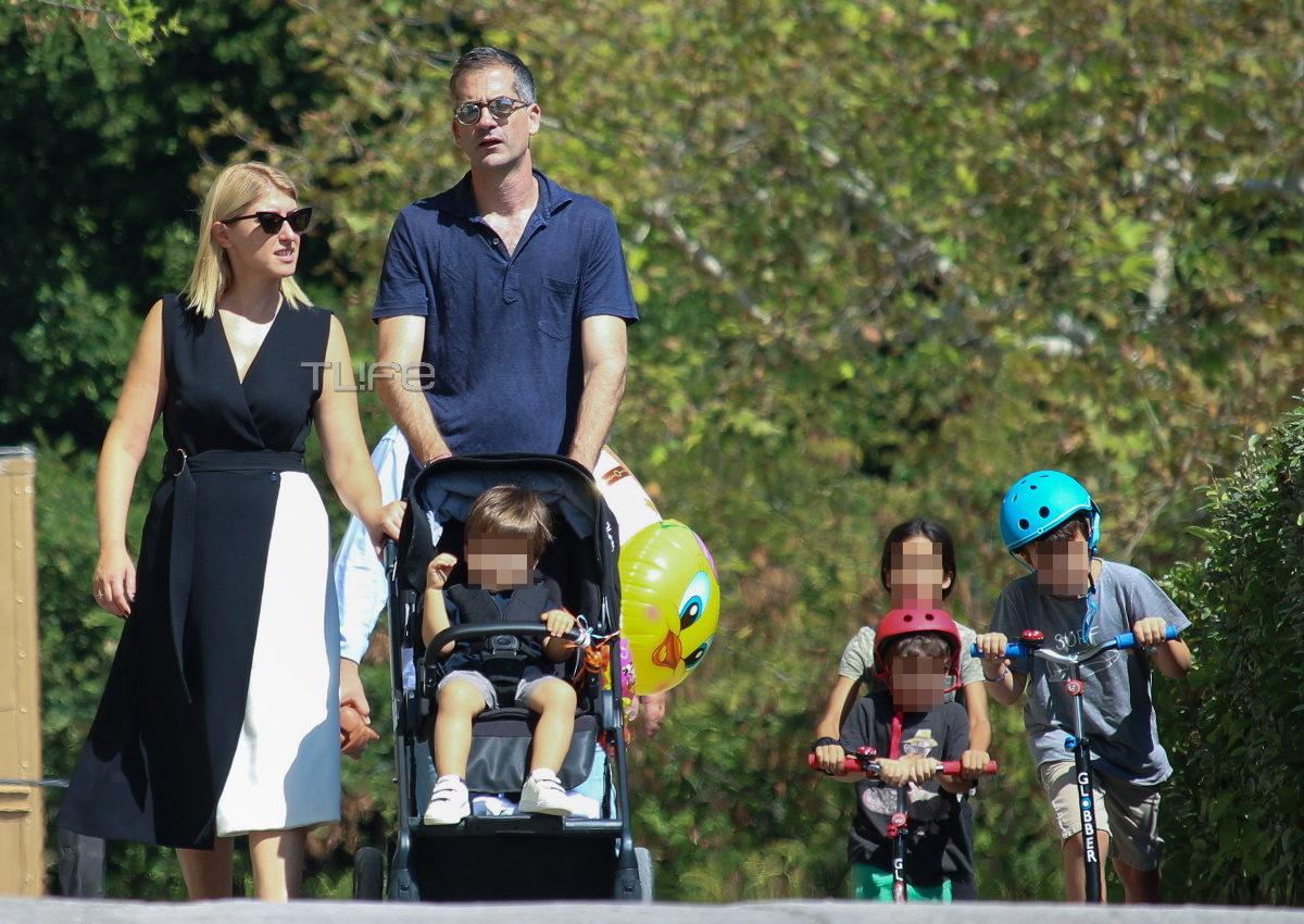 Σία Κοσιώνη – Κώστας Μπακογιάννης: Βόλτα με τον γιο τους, Δήμο, στον Εθνικό Κήπο! [pics] | tlife.gr