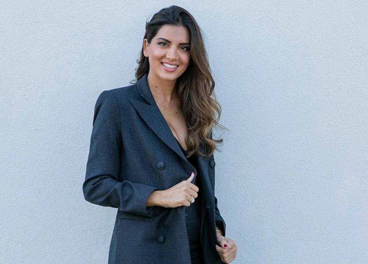 Σταματίνα Τσιμτσιλή: Μεταμορφώνεται σε top model και ποζάρει στον Δημήτρη Σκουλό!   tlife.gr