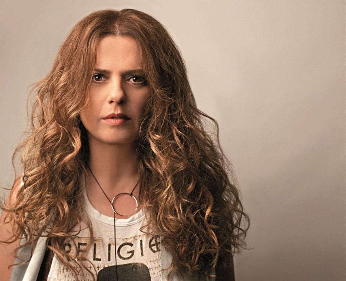 Ελένη Τσαλιγοπούλου: Στο νοσοκομείο η τραγουδίστρια – Τι συνέβη;