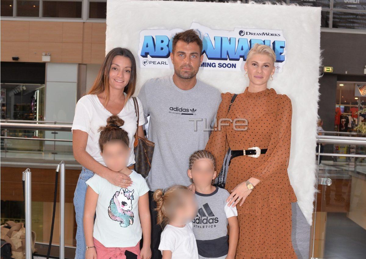 Στέλιος Χανταμπάκης – Όλγα Πηλιάκη: Επίσημη έξοδος με τα παιδιά τους! [pics] | tlife.gr
