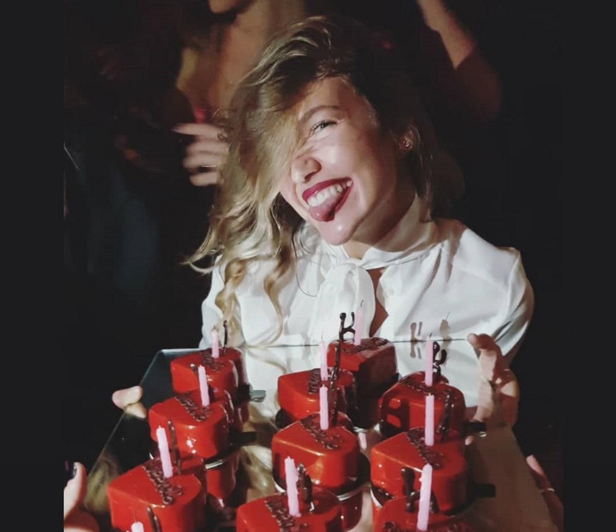 Κλέλια Ανδριολάτου: Ξέφρενο πάρτι γενεθλίων, με καλεσμένες την Μπόμπα και την Χριστοπούλου! [pics,vid]