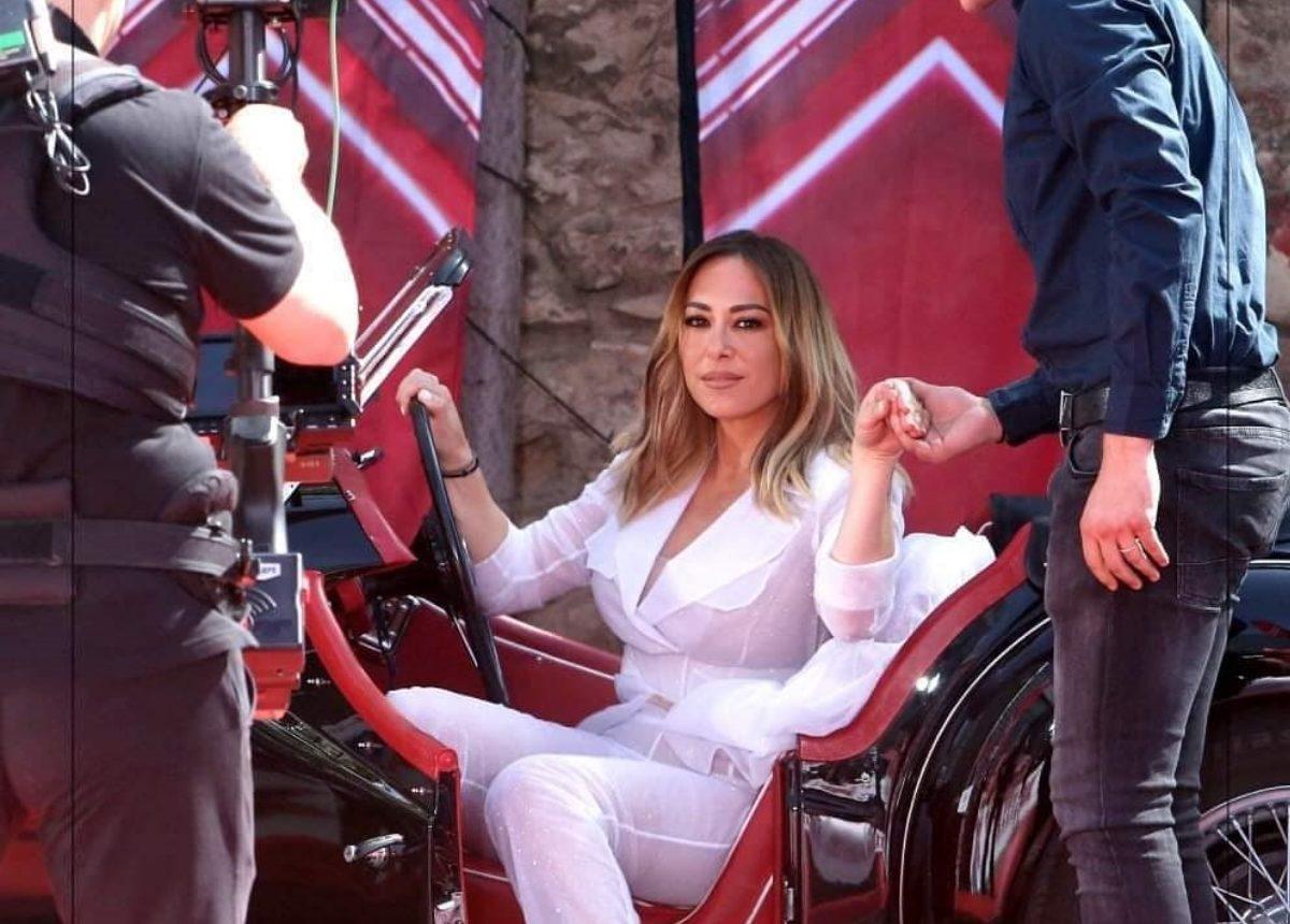 X-Factor: Η δύσκολη απόφαση της Μελίνας Ασλανίδου!   tlife.gr
