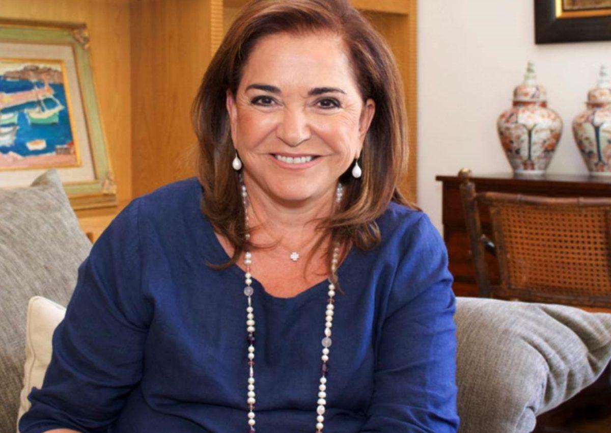 Ντόρα Μπακογιάννη: Σπάνια κοσμική έξοδος με τον σύζυγό της Ισίδωρο Κούβελο! | tlife.gr