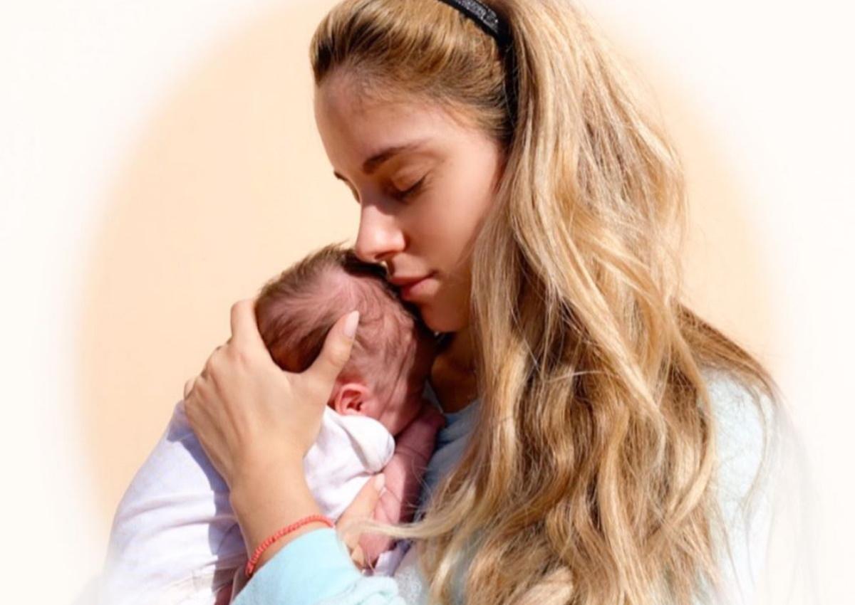 Δούκισσα Νομικού: Αποκάλυψε την δυσκολία που βιώνει μετά τη γέννηση της κόρης της!