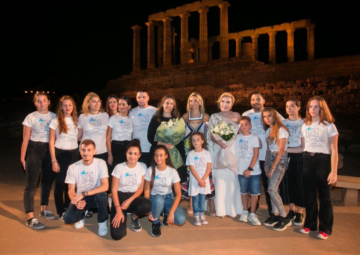 Μάγεψε την Ελλάδα η Μαίρη Κατράντζου – Φωτογραφίες από το υπερθέαμα στον Ναό του Ποσειδώνα! | tlife.gr