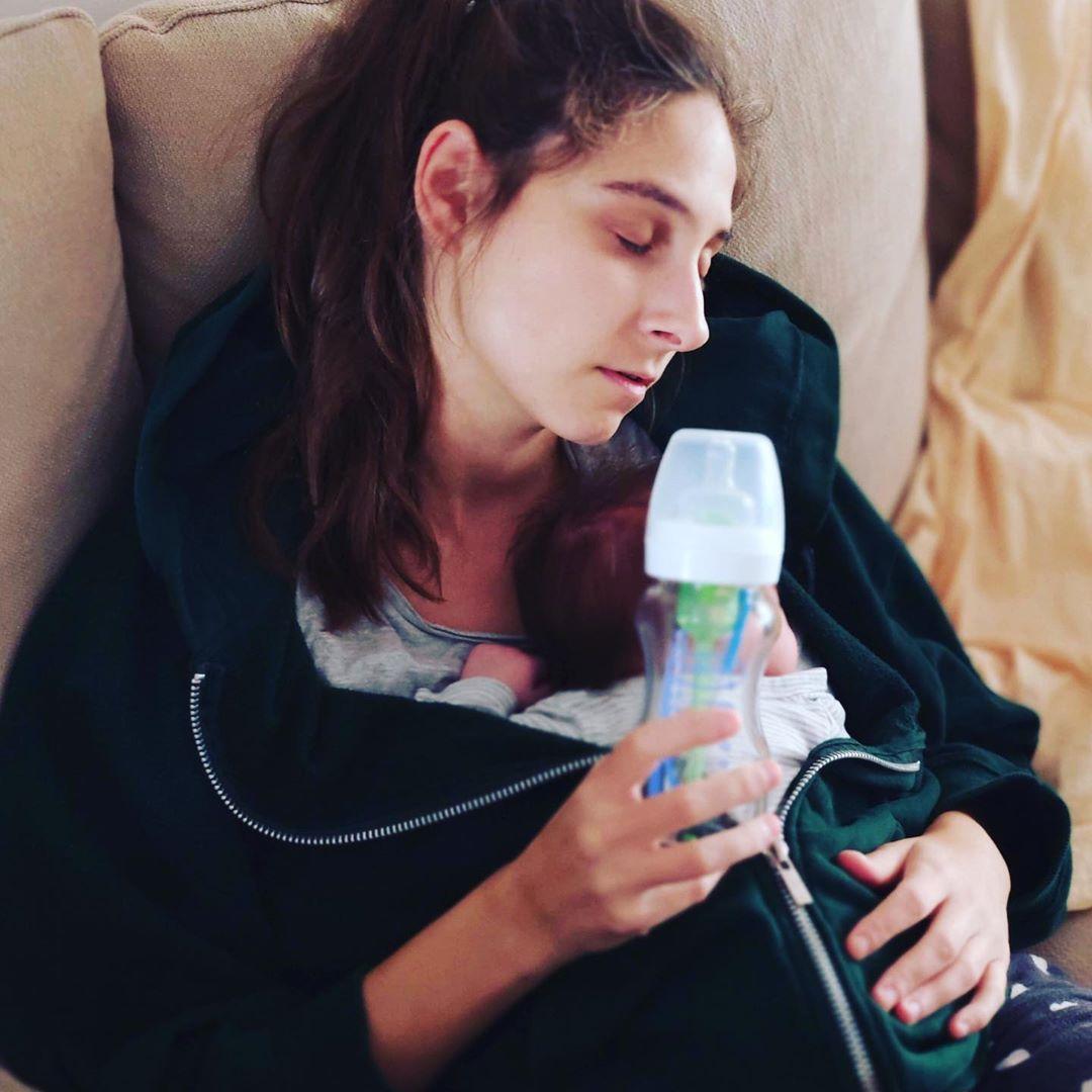 Φωτεινή Αθερίδου: Η απίθανη φωτογραφία με τον γιο της για τον κορονοϊό που τρέλανε το Instagram!