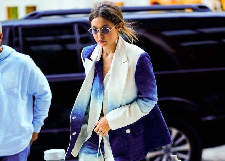 Mόνο η Gigi Hadid θα φορούσε αυτό το κουστούμι με τόσο cool τρόπο! | tlife.gr