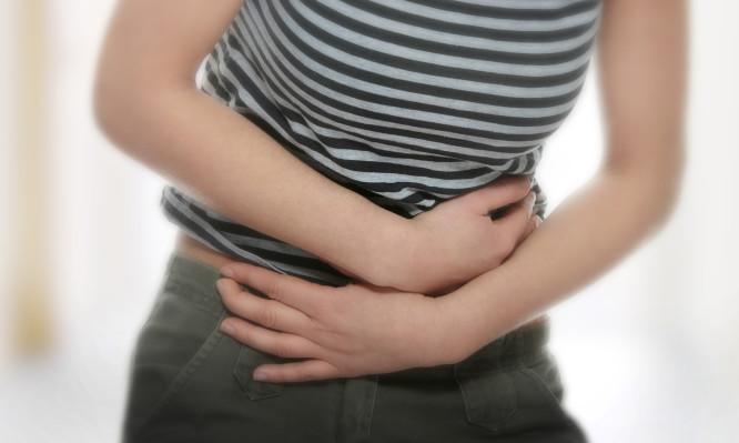 Η έλλειψη βιταμίνης που συνδέεται με το σύνδρομο ευερέθιστου εντέρου | tlife.gr
