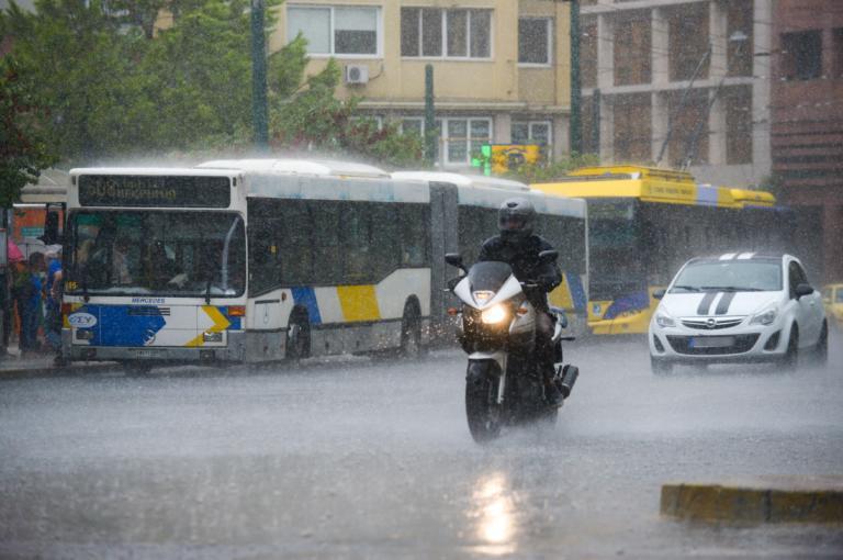 Καιρός σήμερα: Ραγδαία επιδείνωση με καταιγίδες και χαλάζι – Πού θα… χιονίσει!   tlife.gr