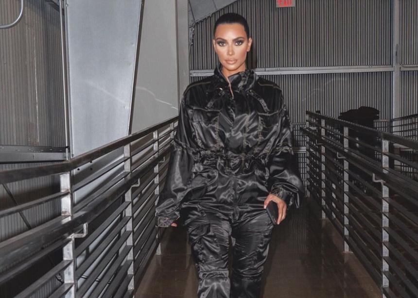 Η Kim Kardashian έκλεισε τα 39, αυτές ήταν οι πιο στιλάτες εμφανίσεις της φέτος | tlife.gr