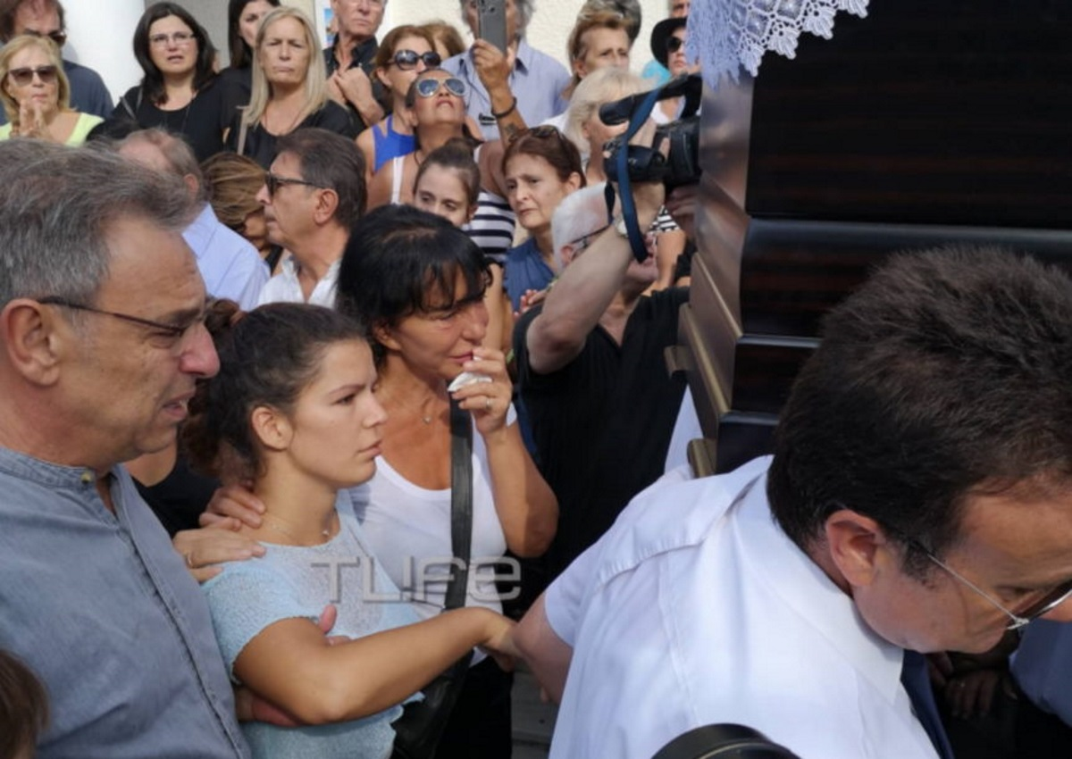 Μαρία Κλάρα Μαχαιρίτσα: Η συγκινητική ανάρτηση για τον Λαυρέντη 40 ημέρες μετά το θάνατό του