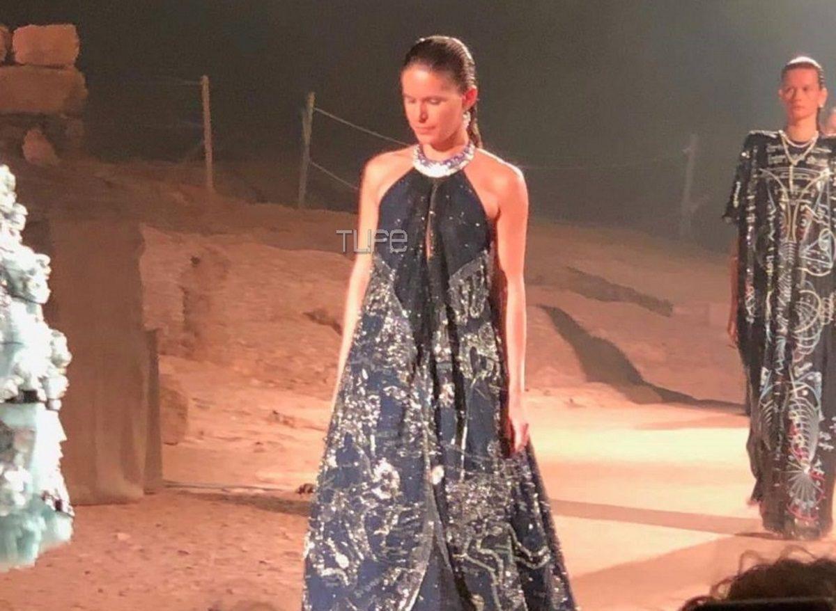 Η Ευγενία Νιάρχου περπάτησε στο catwalk του φαντασμαγορικού show της Μαίρης Κατράντζου! [pics,vid] | tlife.gr