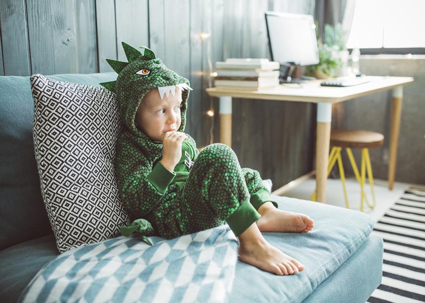 Μαμά, να μείνω μόνο στο σπίτι; Τα SOS Tips που πρέπει να δώσεις στο παιδί σου | tlife.gr