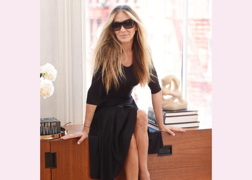 Η Sarah Jessica Parker λανσάρει την δική της σειρά με γυαλιά ηλίου | tlife.gr