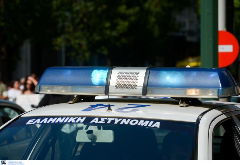 Θεσσαλονίκη: Χτύπησε τη γυναίκα του, άρπαξε τον γιο του κι εξαφανίστηκε! | tlife.gr