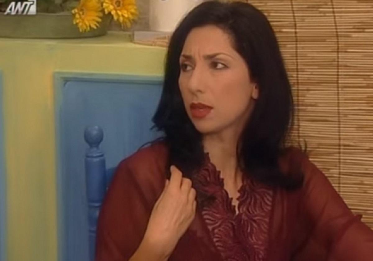 """Κερασία Σαμαρά: Δες πως είναι σήμερα η τηλεοπτική σύζυγος του Χάρη Ρώμα στο """"Καφέ της Χαράς"""""""