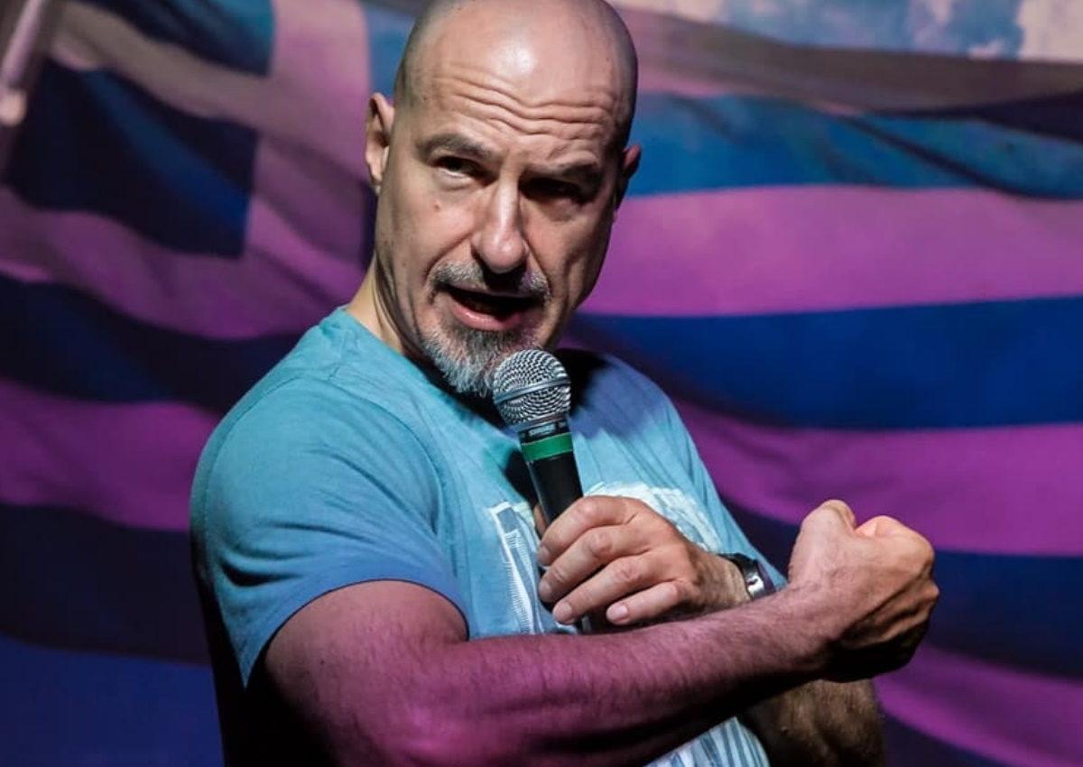 Σίλας Σεραφείμ: Συνεργάστηκε με τον… 4χρονο γιο του για τα τρέιλερ της παράστασης stand-up comedy που ανεβάζει!   tlife.gr