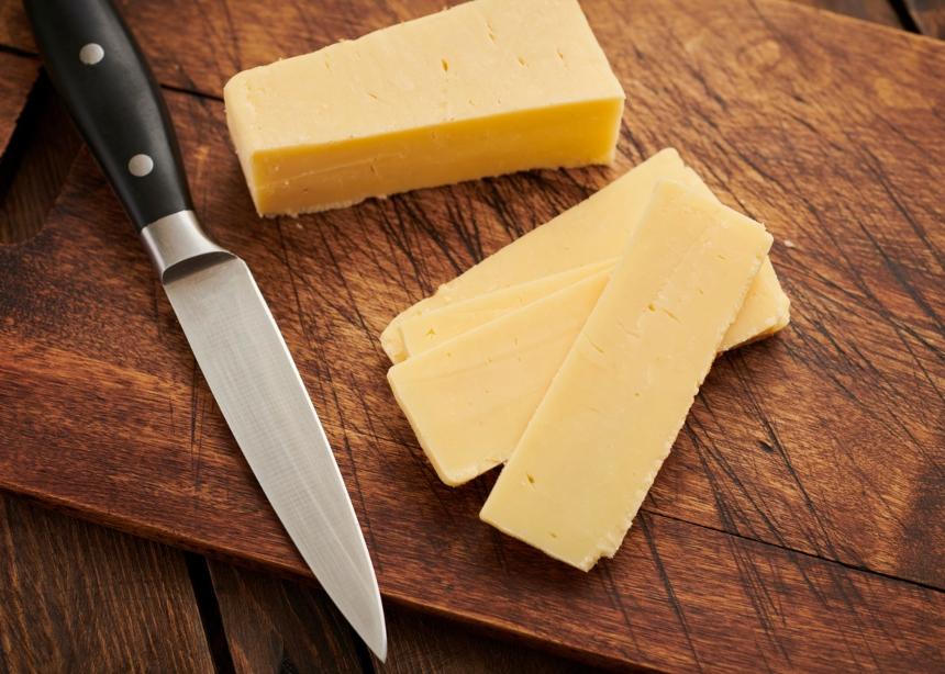 Πώς θα διατηρήσεις φρέσκο το αγαπημένο σου τυρί στο ψυγείο; | tlife.gr