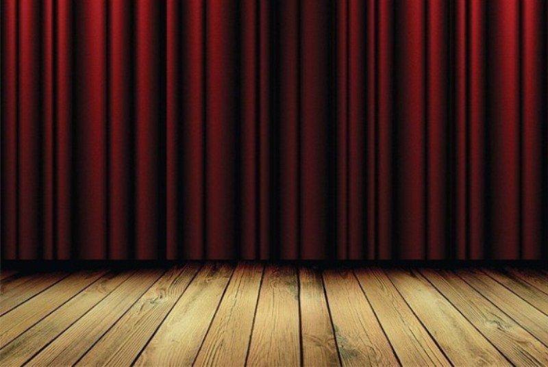 Σοβαρό ατύχημα στη σκηνή για γνωστό Έλληνα ηθοποιό – Γλύτωσε από θαύμα! | tlife.gr