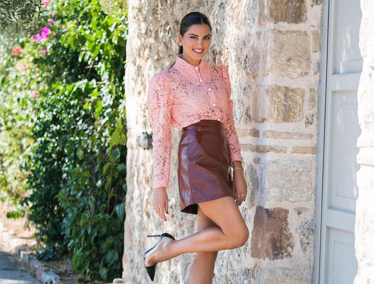 Ποιο GNTM; Η Σταματίνα Τσιμτσιλή έγινε για λίγο μοντέλο και… πόζαρε και εκείνη με φίδι! [pics] | tlife.gr