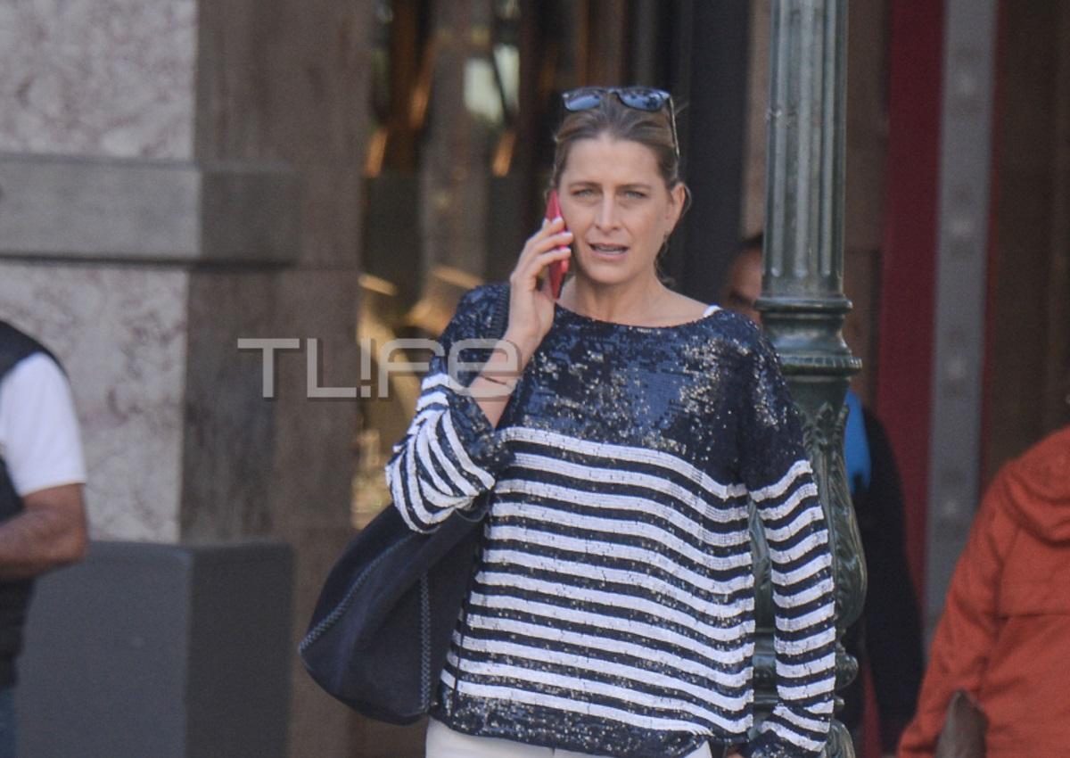 Τατιάνα Μπλάτνικ: Κομψή εμφάνιση στην καρδιά της Αθήνας! [pics]