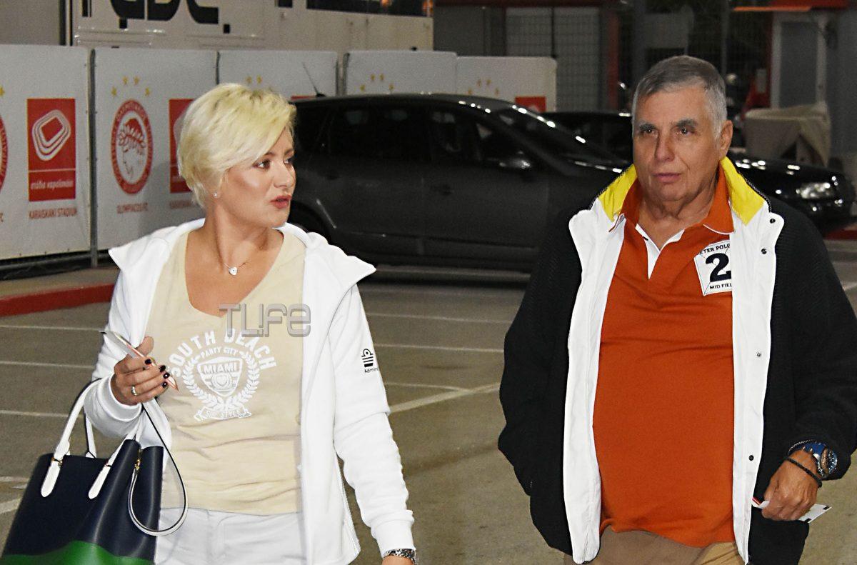 Γιώργος Τράγκας: Σπάνια δημόσια εμφάνιση με την γοητευτική σύζυγό του Μαρία Καρρά! [pics] | tlife.gr