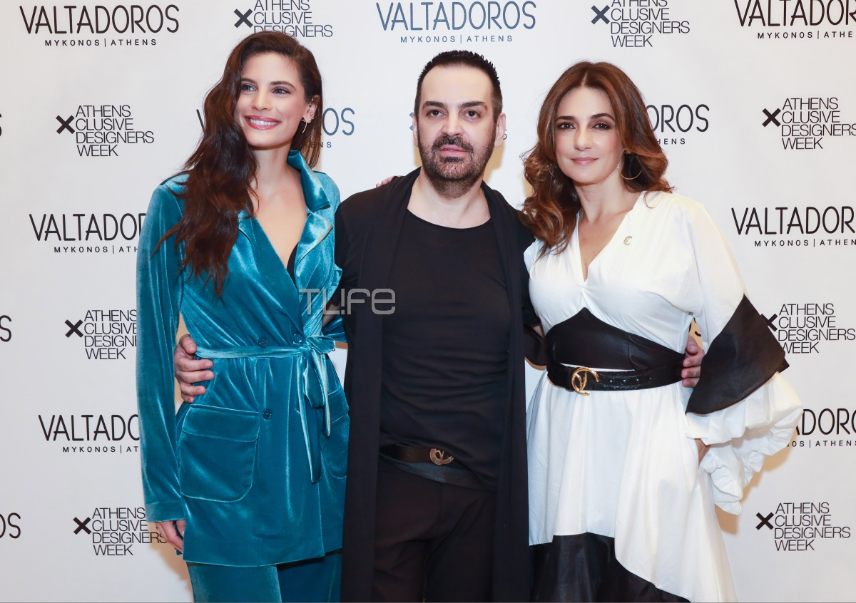 AXDW: Το εντυπωσιακό fashion show του σχεδιαστή Πάρη Βαλταδώρου! Η Μαρία Λεκάκη περπάτησε στην πασαρέλα