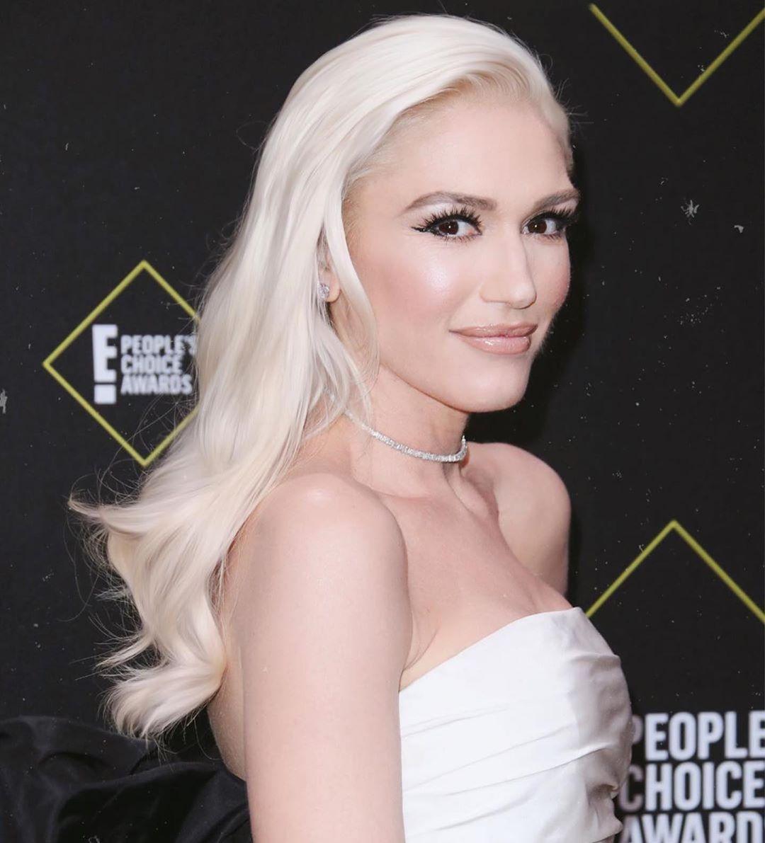 Η Gwen Stefani με κοντό καρέ και αφέλειες είναι αγνώριστη!   tlife.gr