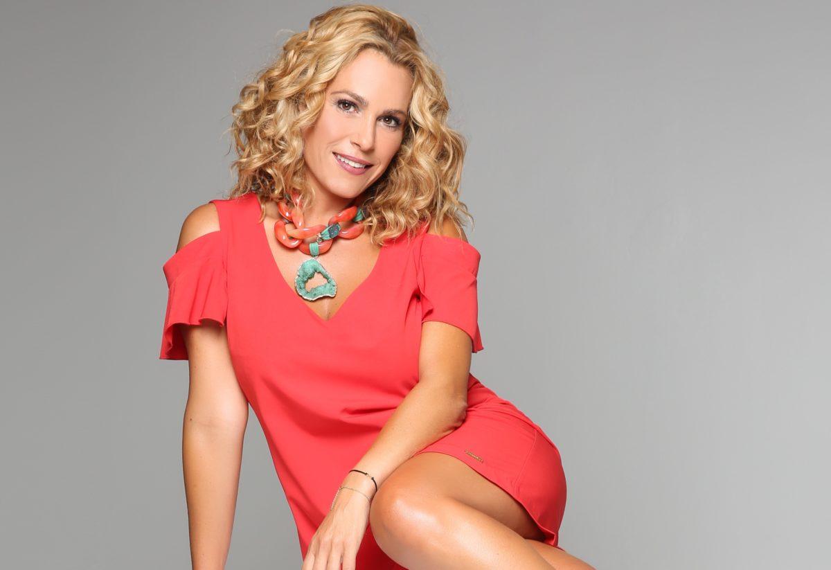 Τζένη Μπότση: Επιστρέφει στην τηλεόραση λίγες μέρες αφότου έγινε μανούλα! | tlife.gr