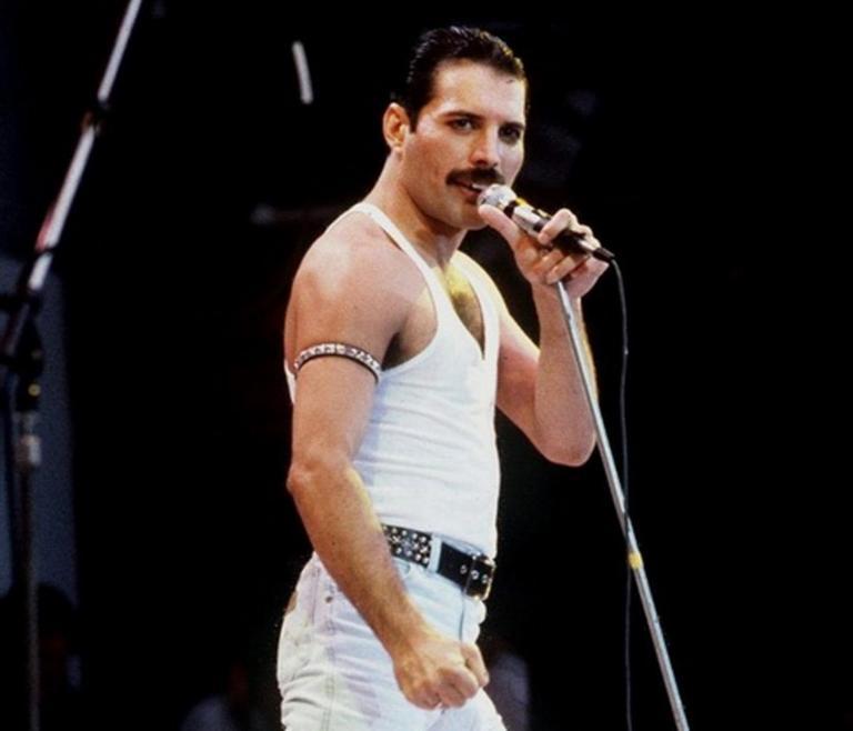 Freddie Mercury: Οι τελευταίες του φωτογραφίες πριν φύγει από τη ζωή | tlife.gr