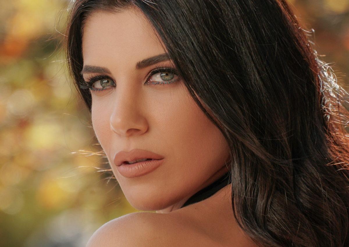 Μορφούλα Ιακωβίδου: Ο αδερφός της, Πέτρος Ιακωβίδης, υπογράφει το πρώτο τραγούδι της! | tlife.gr