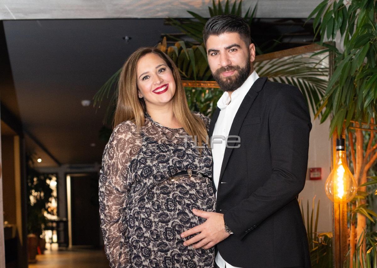Κλέλια Πανταζή: Βραδινή έξοδος με τον σύζυγό της λίγο πριν γεννήσει! [pics]