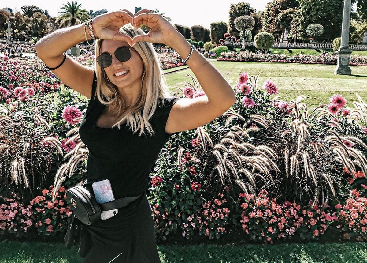 Κωνσταντίνα Σπυροπούλου: Ποζάρει άβαφη και φορώντας μόνο το μπουρνούζι της! | tlife.gr