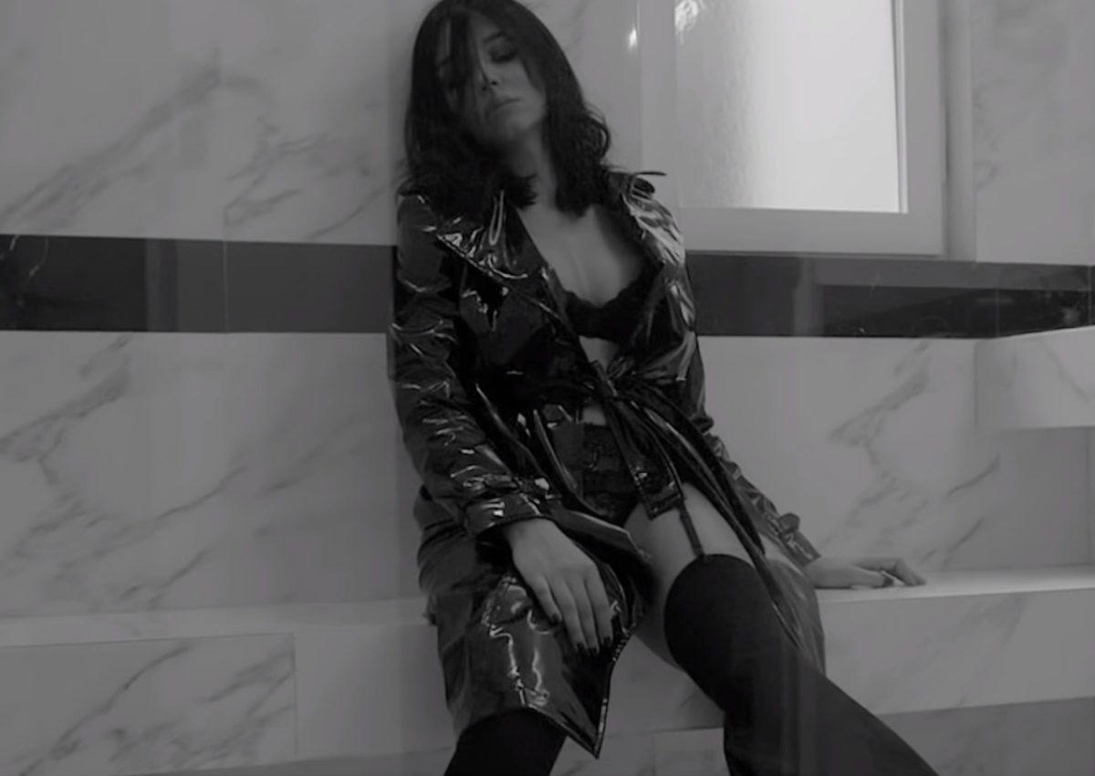Χριστίνα Στεφανίδη: Κλέβει τις εντυπώσεις με την εμφάνισή της στο νέο video clip του Θοδωρή Φέρρη! | tlife.gr