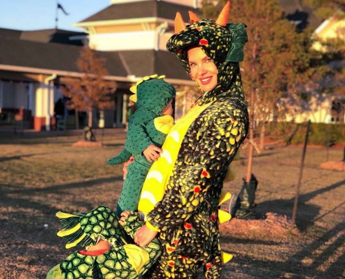 Χριστίνα Αλούπη: Γιόρτασε το Halloween με την οικογένειά της στις ΗΠΑ! [pics] | tlife.gr