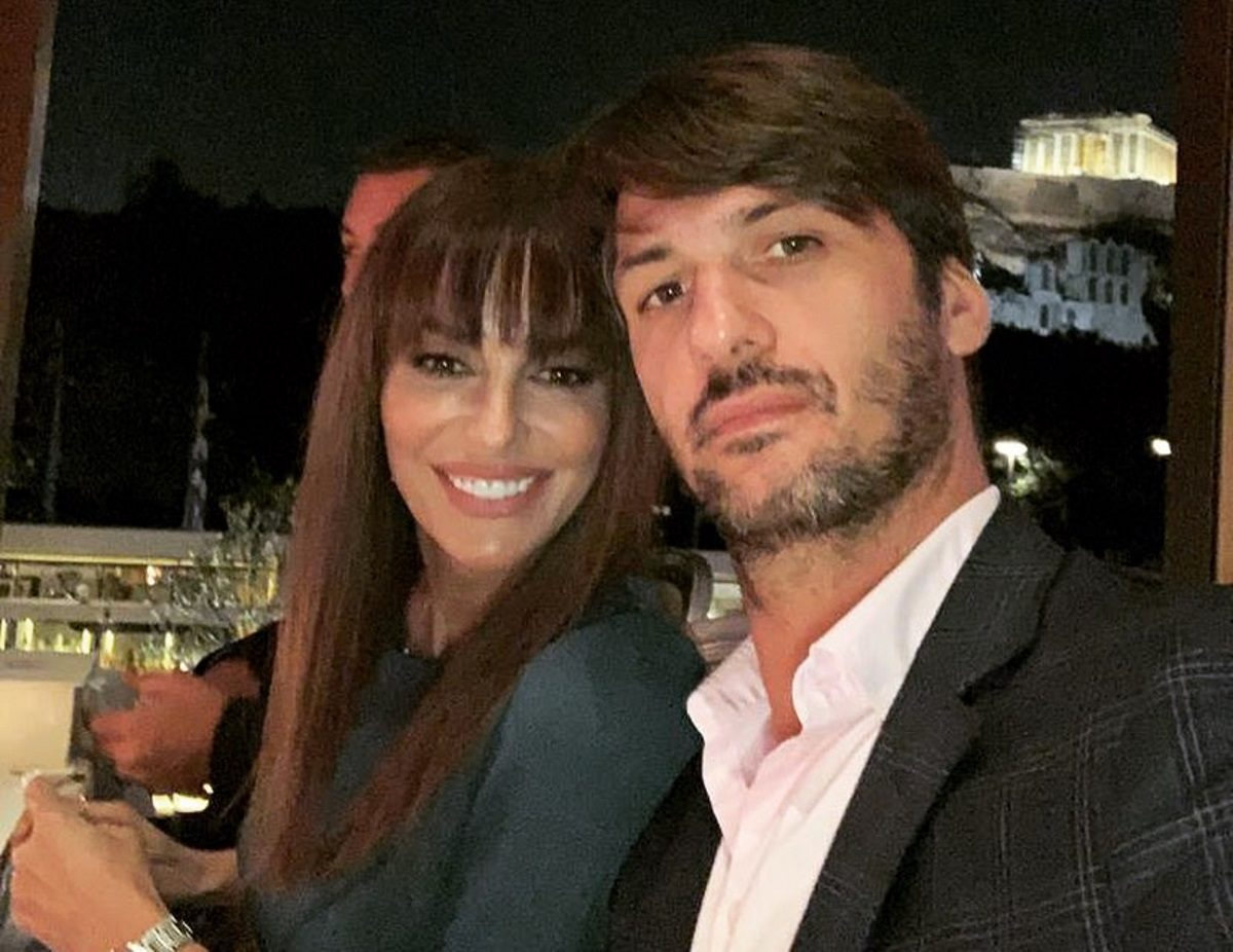 Μπέττυ Μαγγίρα: Η απρόβλεπτη πρόταση γάμου που της έκανε ο σύζυγός της και τα ρομαντικά τους ραντεβού! | tlife.gr