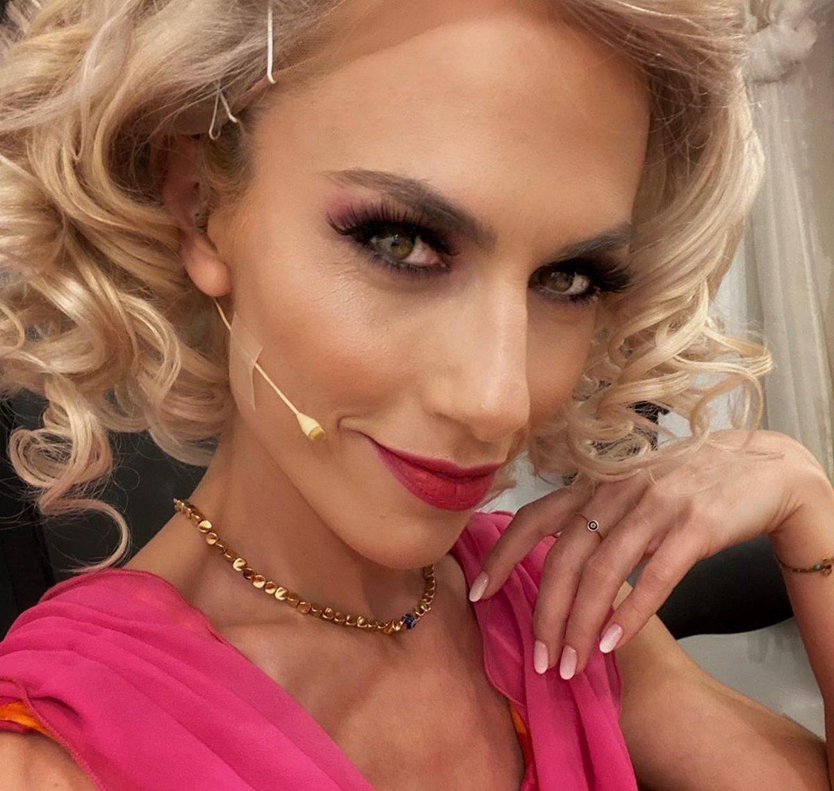 Ντορέττα Παπαδημητρίου: Το απρόοπτο που της συνέβη σήμερα, λίγο πριν πάει στο ραντεβού της! [pic,vid] | tlife.gr