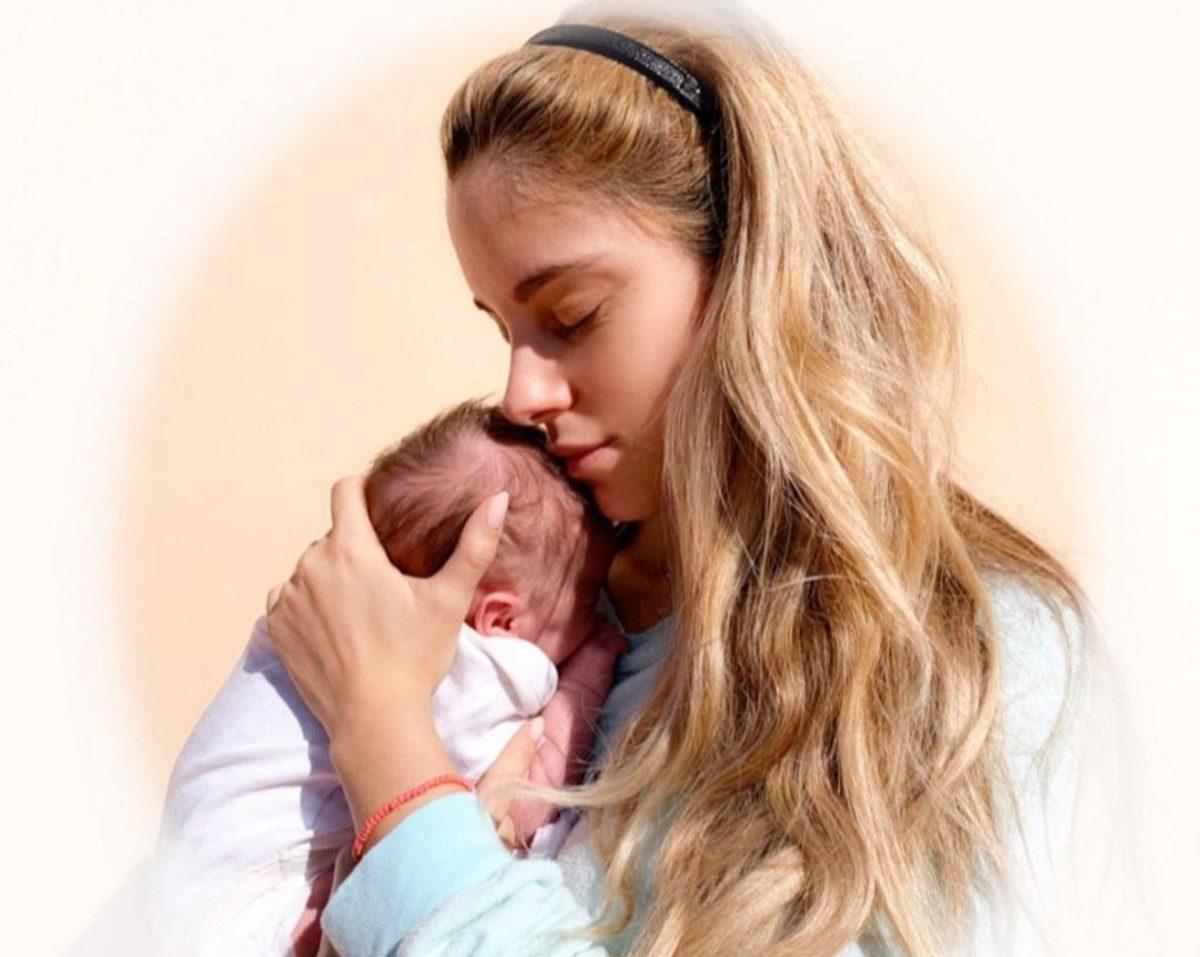 Δούκισσα Νομικού: Δες πόσο μεγάλωσε η έξι μηνών κόρη της, Αναστασία! Φωτογραφία | tlife.gr