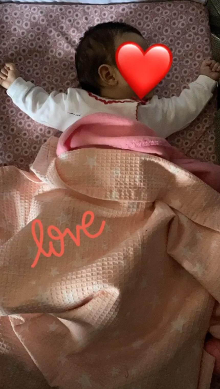 Ελένη Χατζίδου: Είναι χαζομαμά! Φωτογραφίζει την 2,5 μηνών κόρη της ενώ κοιμάται!