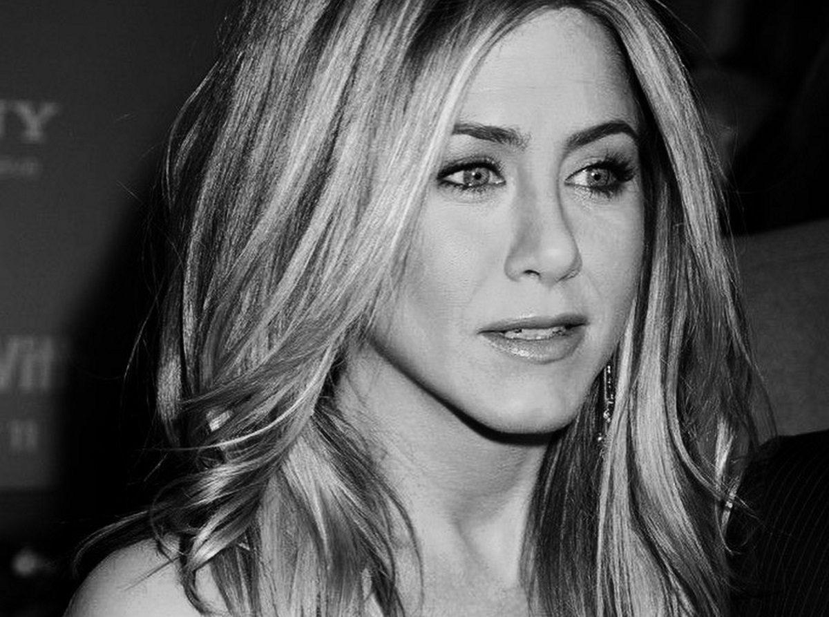 Jennifer Aniston: Μπαίνει στην κουζίνα και μας δείχνει τις μαγειρικές της ικανότητες! | tlife.gr