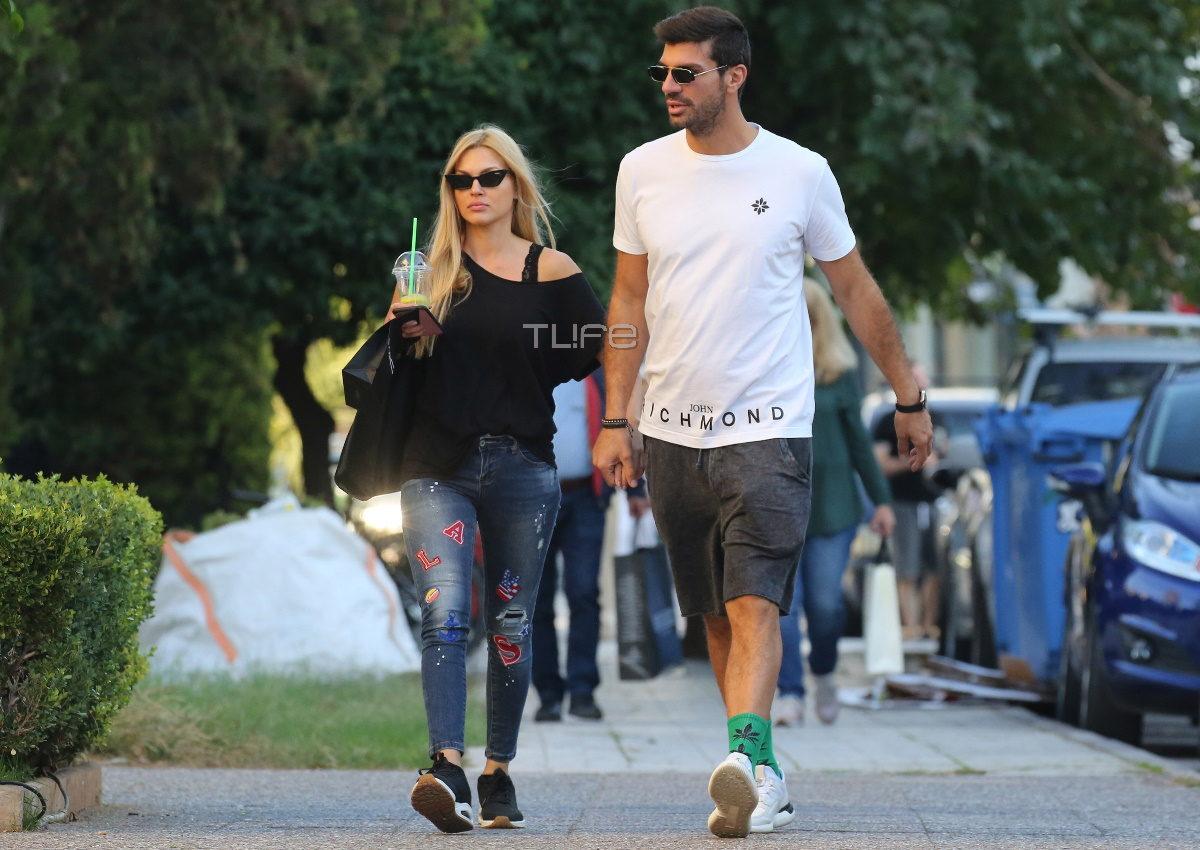 Βίκυ Κάβουρα – Γιώργος Βίγγος: Χέρι-χέρι σε πρωινή βόλτα τους στη Γλυφάδα! [pics] | tlife.gr