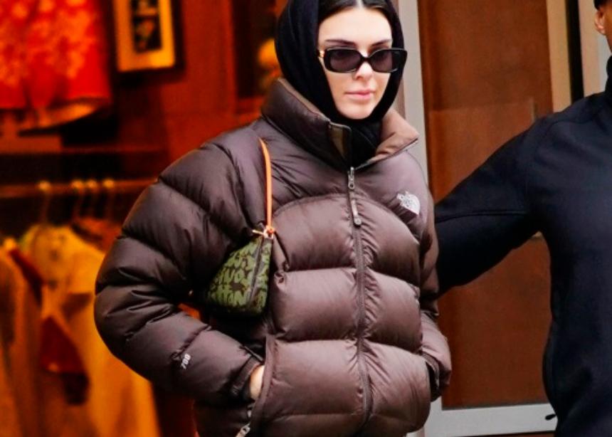 Αυτή είναι η αγαπημένη τσάντα της Kendall Jenner | tlife.gr