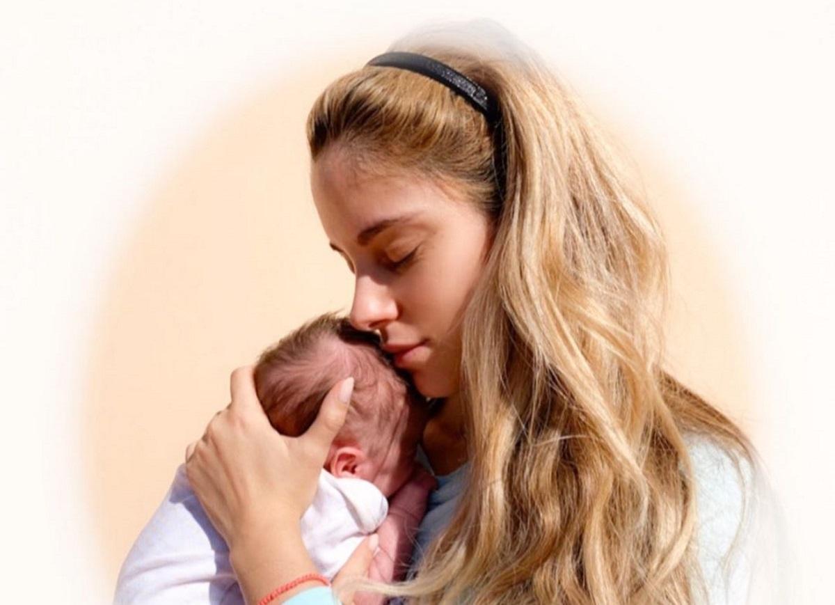 Δούκισσα Νομικού: Η νέα τρυφερή φωτογραφία με την κόρη της και η αφιέρωση όλο νόημα!